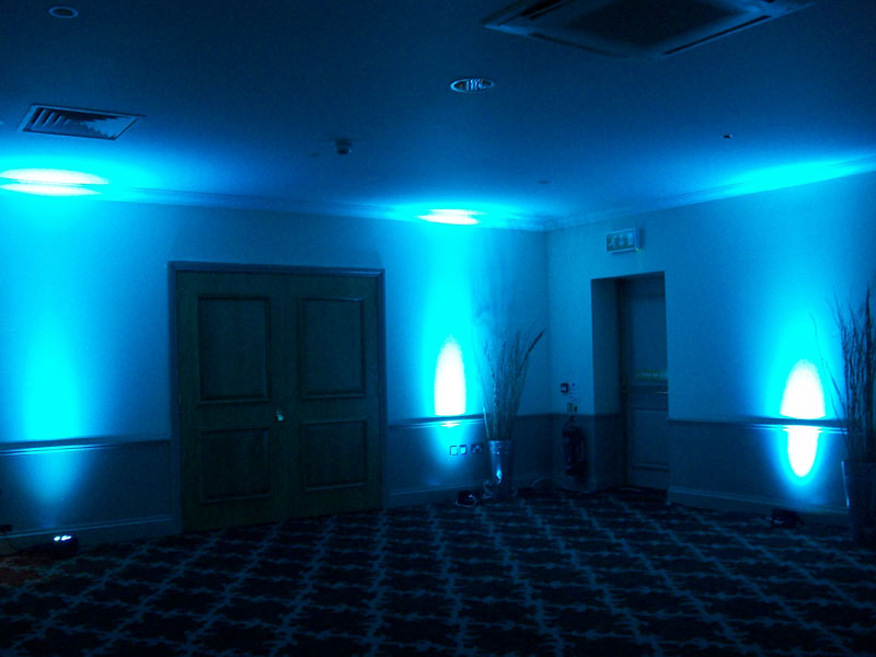 Led Uplighters For Hire Coloured Wall Uplighters